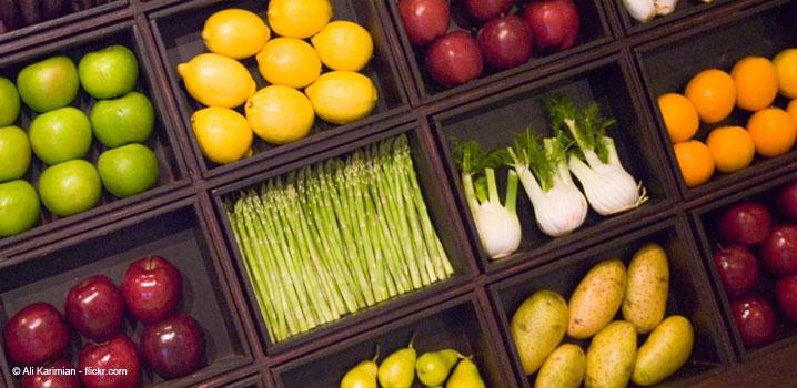 consumati-aceste-fructe-si-legume-pentru-a-avea-dinti-mai-albi