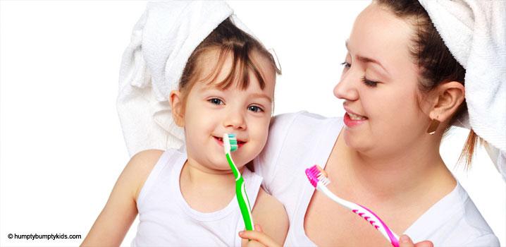 cum-poate-fi-convins-un-copil-sa-accepte-spalatul-pe-dinti