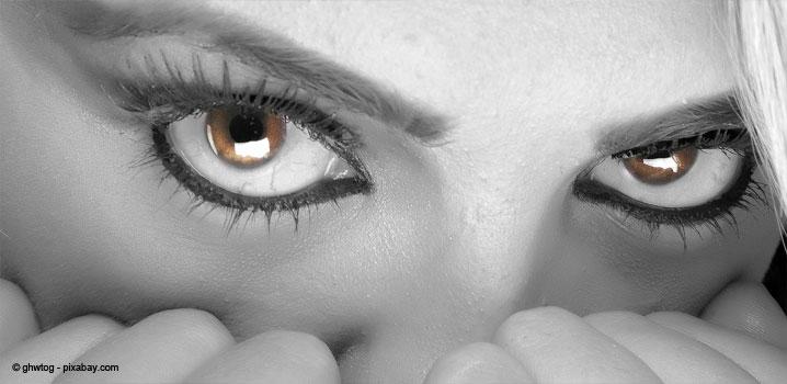 bulimia-nervoasa-si-efectele-asupra-danturii