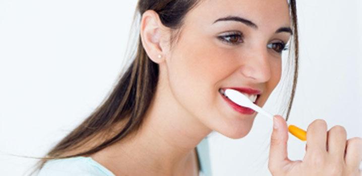 5 mituri false despre sănătatea dentară