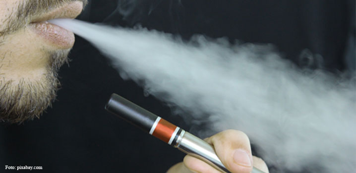 Țigările electronice ar putea să afecteze sănătatea orală